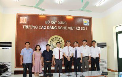 Đoàn công tác trường ĐHKHKT Minh Tân thăm và làm việc tại trường