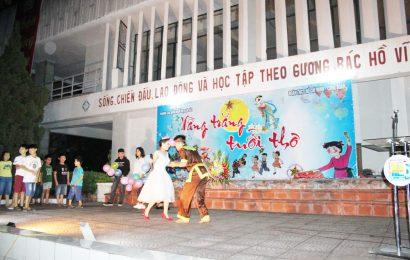Tổ chức đêm Trung thu cho các cháu thiếu niên nhi đồng